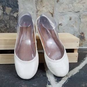 Lucky Brand 8 Emmie Cream Flats Shoes
